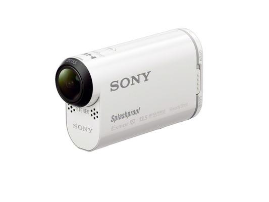 HTC、1600万画素のアクションカメラ「HTC RE」を発表。変わったデザインに注目