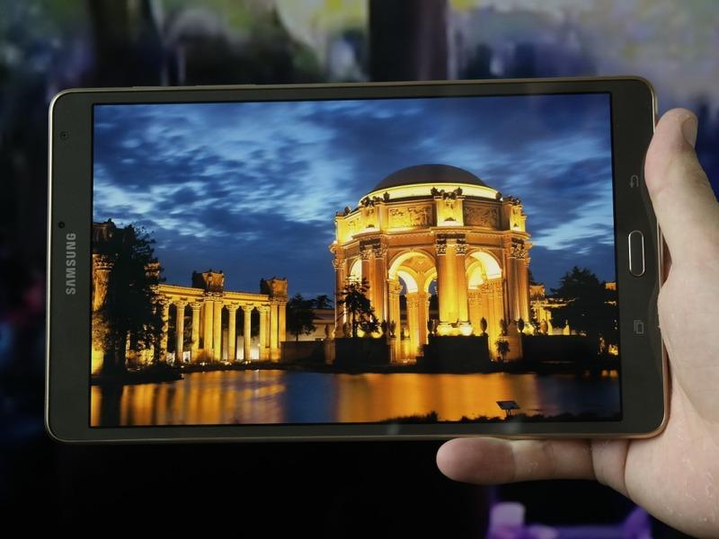 Samsung、Galaxy Tab S 2はiPad Air 2よりも薄くなるかも
