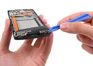 【Nexus5】iFixitで分解した結果、比較的容易に修理しやすい評価に