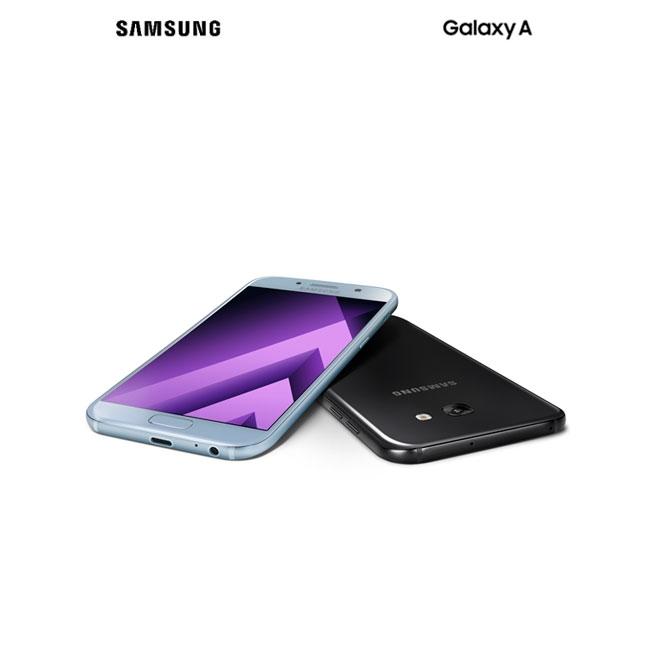 Samsung、「Galaxy A3/A5/A7 (2017)」を発表