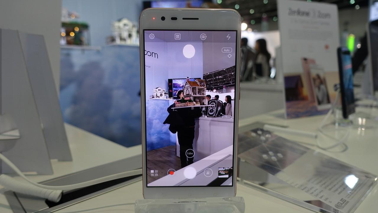 ASUS ジャパン、「ZenFone Zoom S(ZE553KL)」にポートレートモードを実装