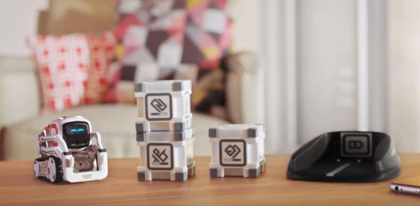タカラトミーがマジで可愛いAI搭載ロボット「COZMO」を発表